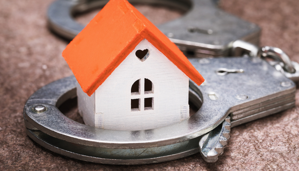 Tax evasion in the real estate sector